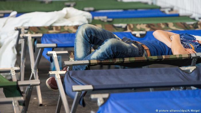 Bildergalerie Flüchtlingsunterbringung in Deutschland (picture-alliance/dpa/A. Weigel)